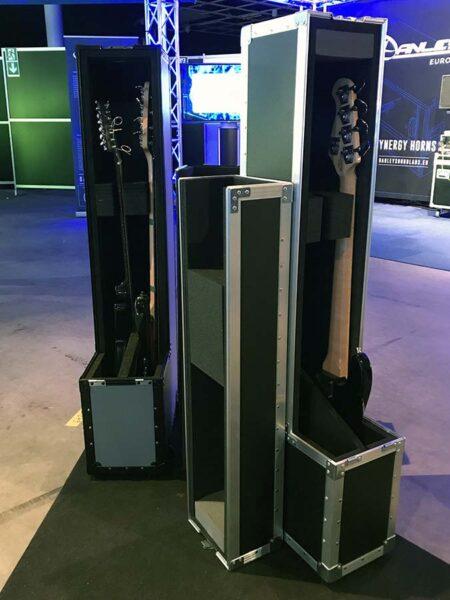 Guitar vaultit esillä Avita Audio Visual messuilla.
