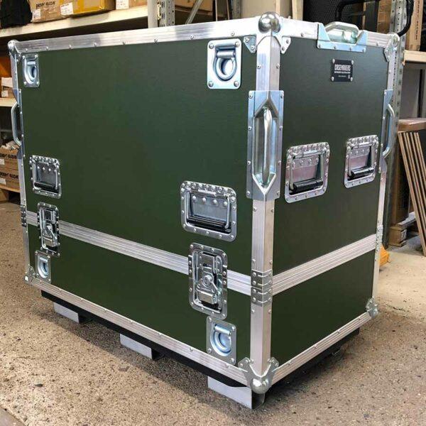 Heavy Duty kuljetuslaatikko teräskomponenteille.